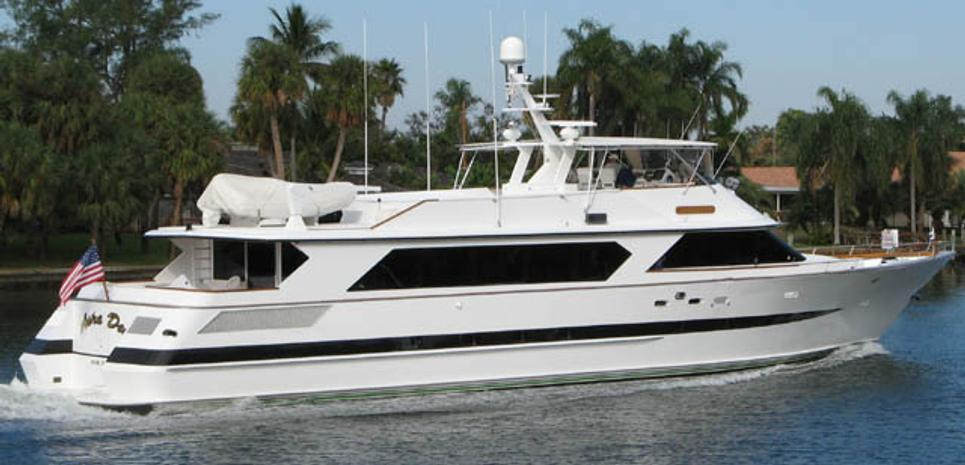 Astra Dee Charter Yacht