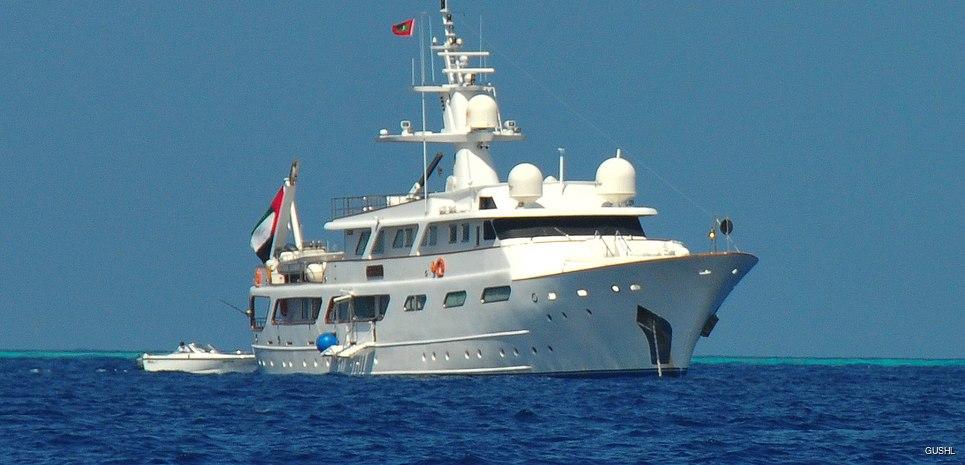 Um Hurair Charter Yacht