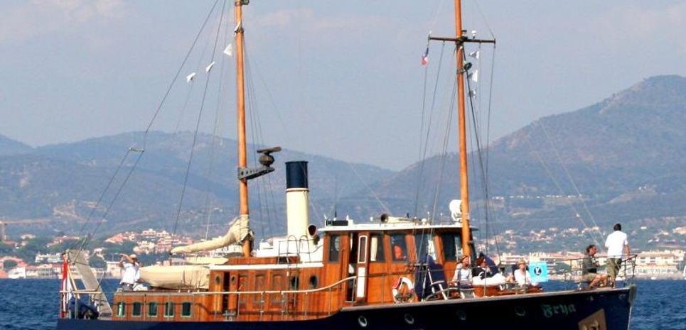 Frya Charter Yacht