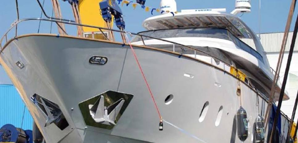 Gulu Charter Yacht