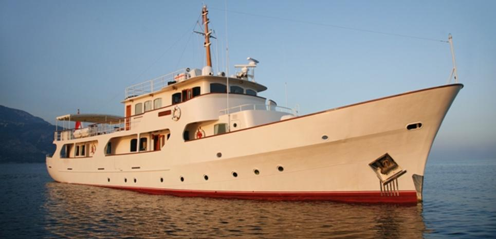 Montrevel Charter Yacht