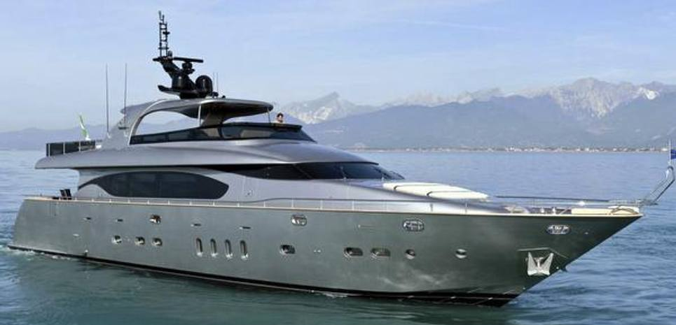 Maiora 27S Charter Yacht