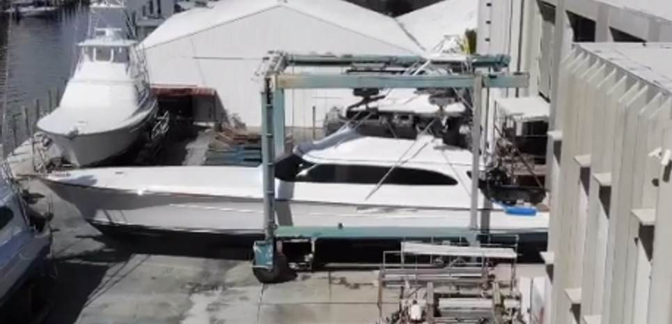 Perlamar Charter Yacht