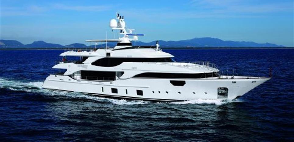 Lady MRD Charter Yacht