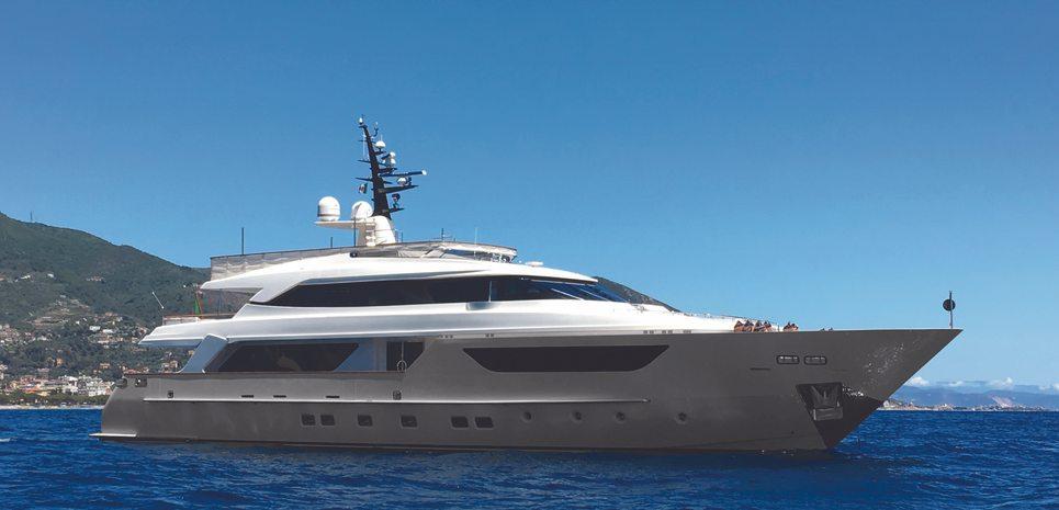 Kaos Charter Yacht