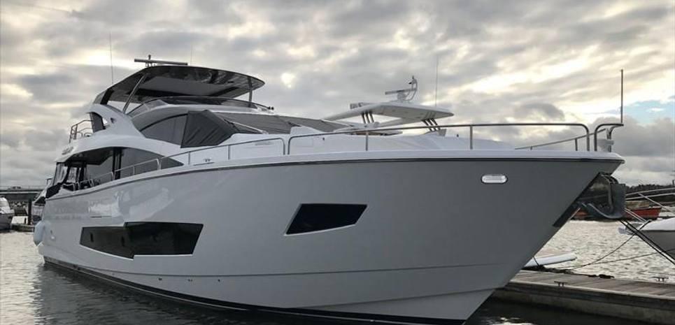 Cloudy Bay III Charter Yacht