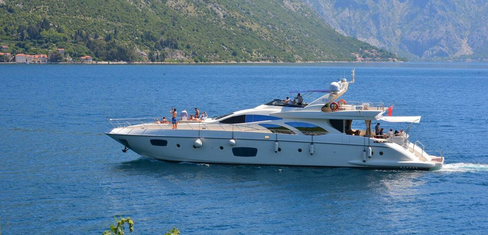 Julia S Charter Yacht