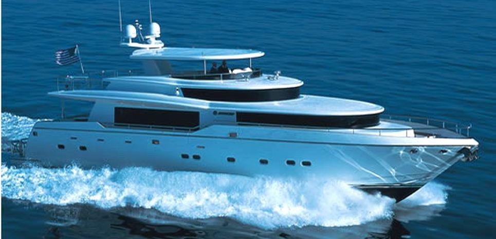 4 Mal Charter Yacht