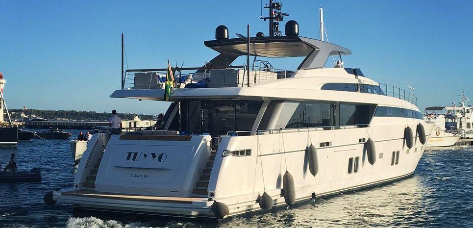 Tu Y Yo Charter Yacht