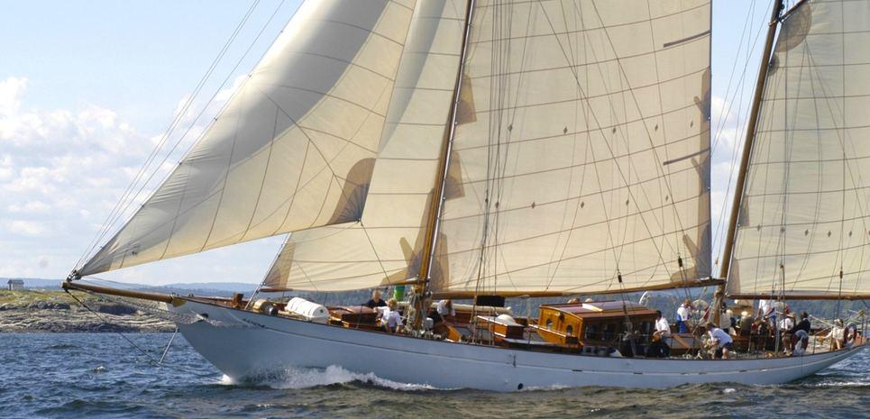 Eileen II Charter Yacht