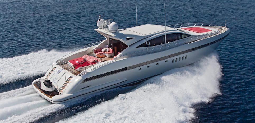Soan Charter Yacht