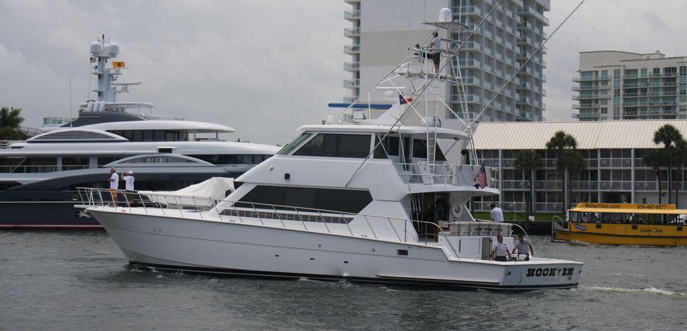 Hook Em Charter Yacht