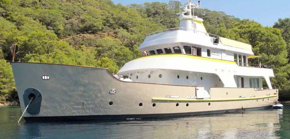 Lady Dida Charter Yacht