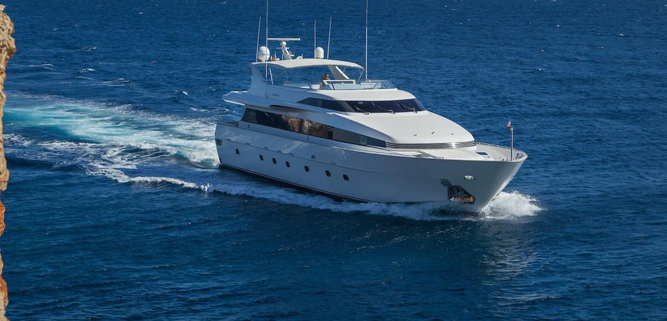 Marvi De Charter Yacht