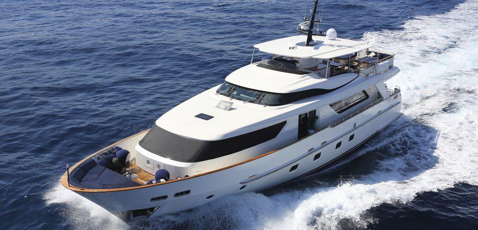 Mia Rocca IX Charter Yacht