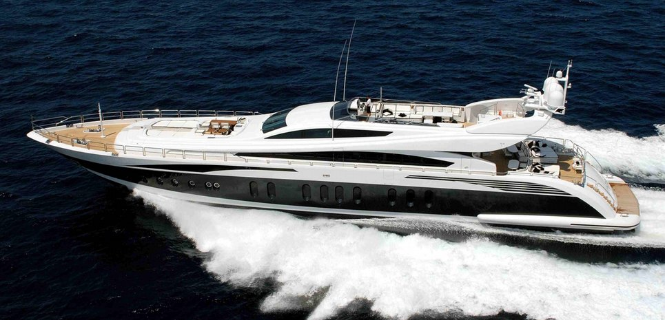 Pure One Charter Yacht