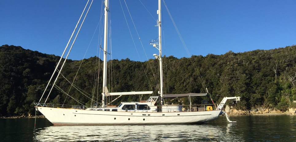 Yonder Star Charter Yacht