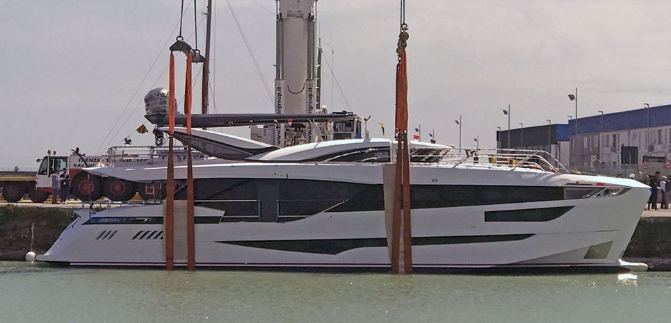 Kalliente Charter Yacht