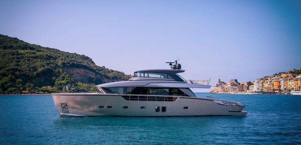 SX88/01 Charter Yacht