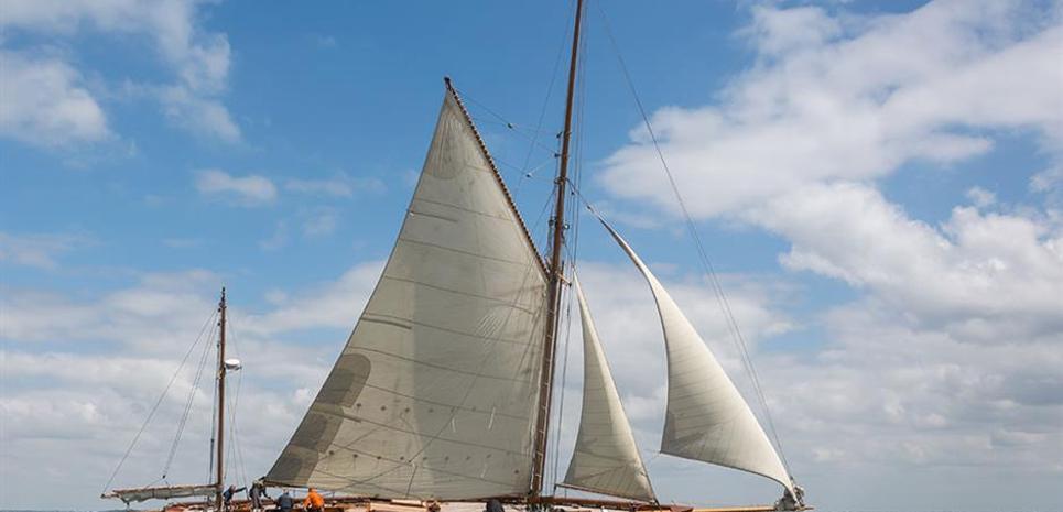 Sky Charter Yacht