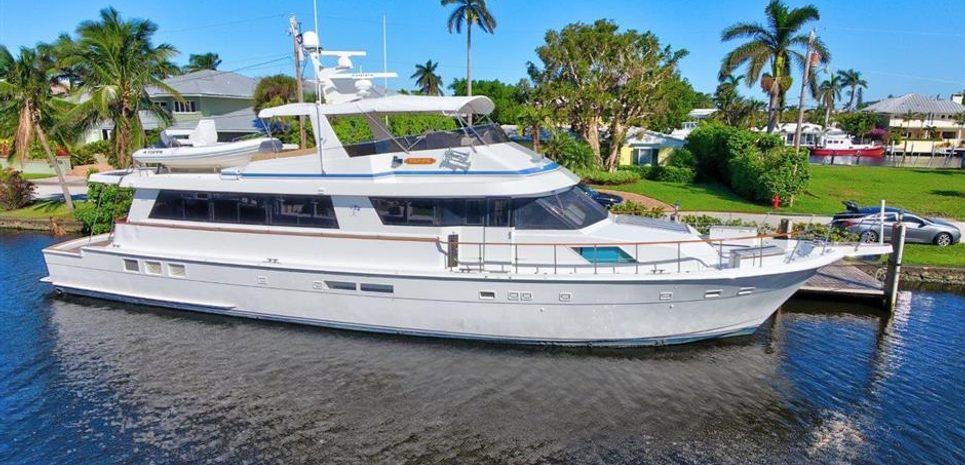 Unique-Skill Charter Yacht
