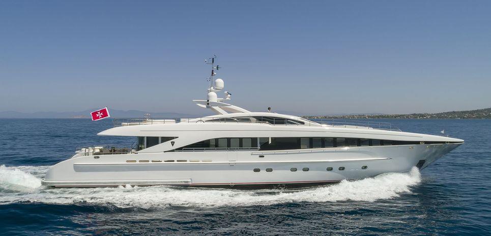 L'Equinox Charter Yacht