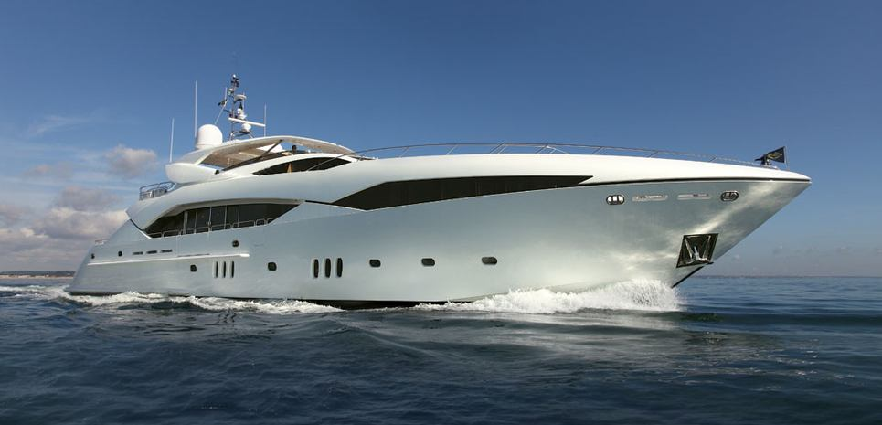 Regulus Charter Yacht