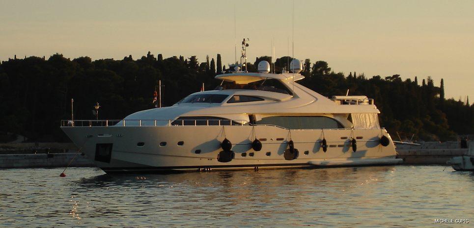 Bambina Charter Yacht