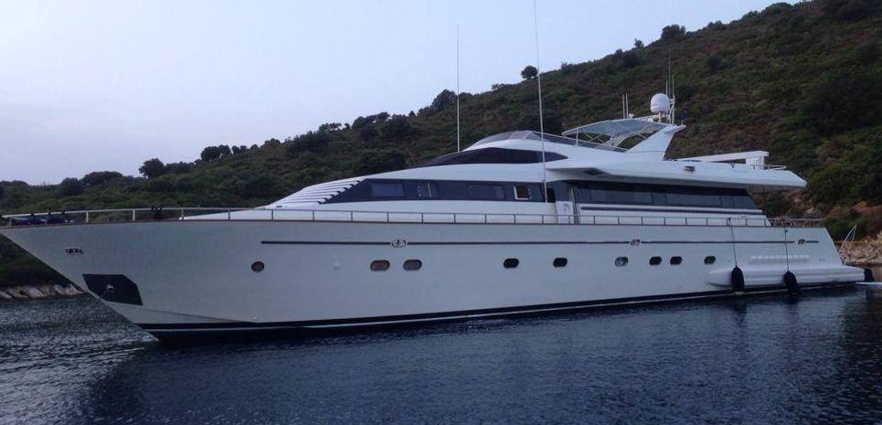 Venus Vistoria Charter Yacht