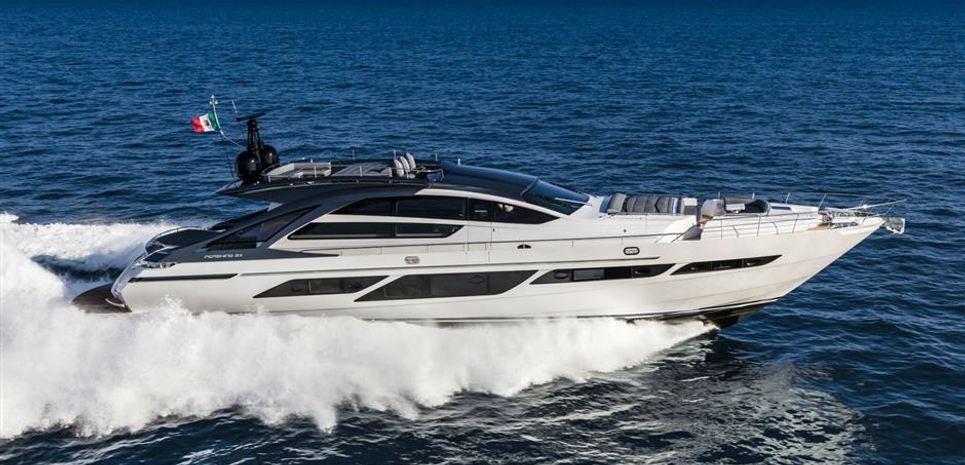 Pershing 9X / 06 Charter Yacht