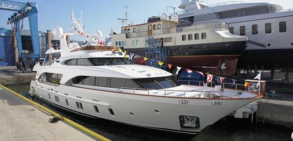 Miamaa Charter Yacht