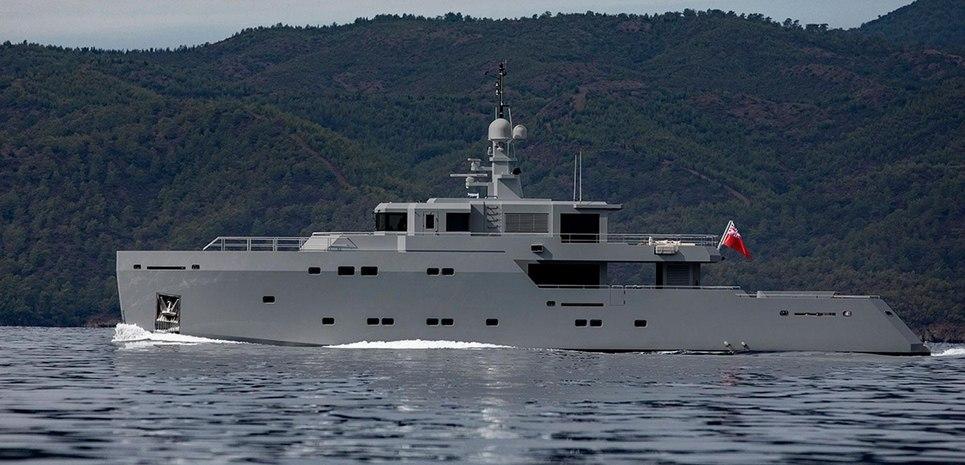 Tigershark one Charter Yacht