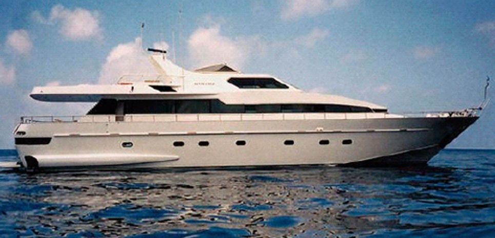 Santa Cruz Charter Yacht