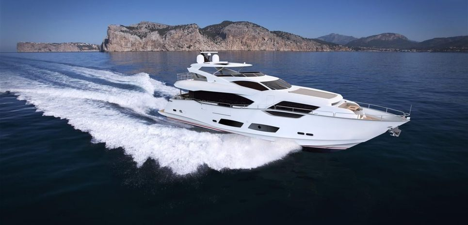 Energetic Charter Yacht