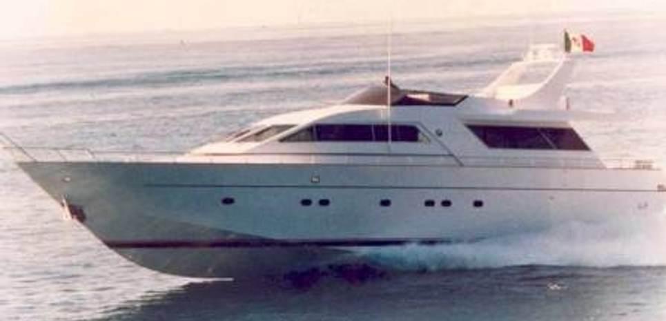 Bien Estar Charter Yacht