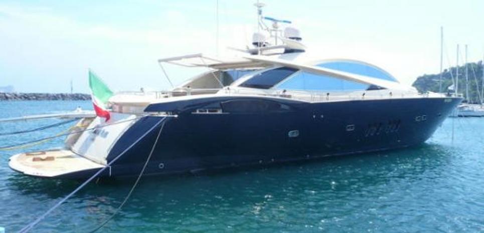 Laura S Charter Yacht