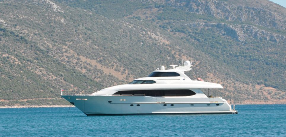 Scapoli Charter Yacht