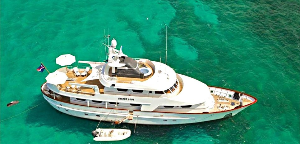 Secret Love Charter Yacht