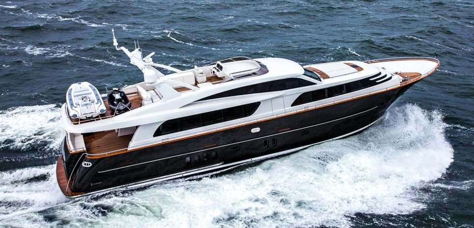 Mr Maverick Charter Yacht
