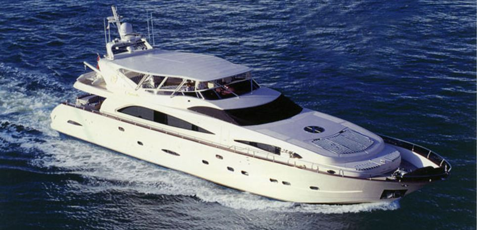 Virginia Mia Charter Yacht