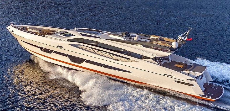 Numarine 105 HT/03 Charter Yacht