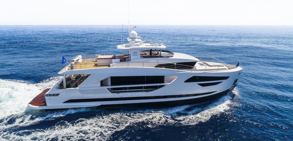 Horizon FD85/05 Charter Yacht