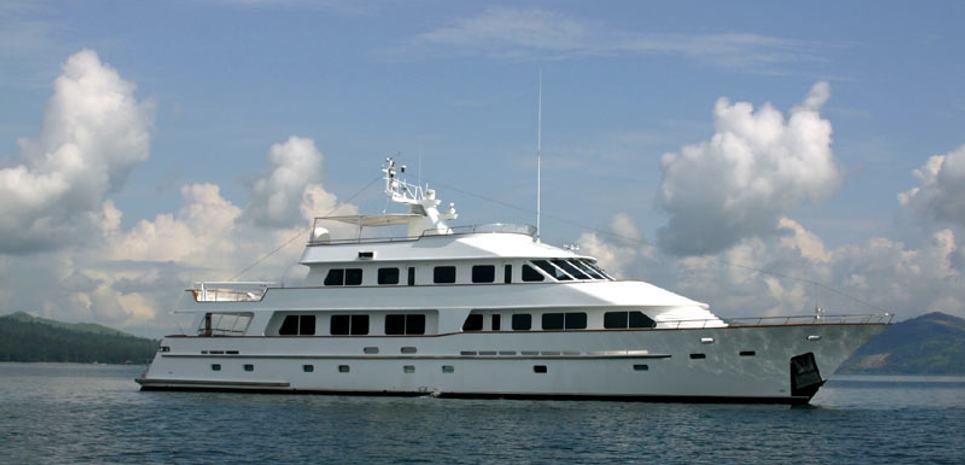 Ligaya Charter Yacht