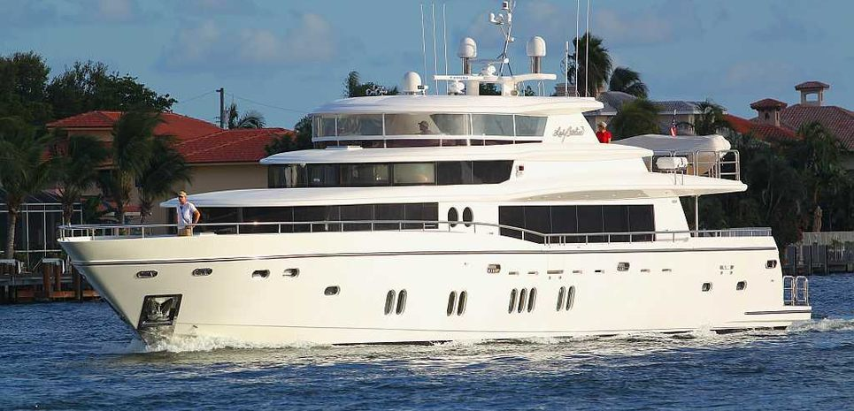Troubadour Charter Yacht