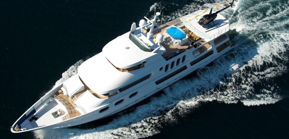 Leight Star Charter Yacht