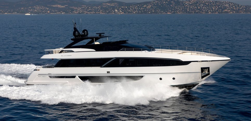 Riva 100/10 Charter Yacht
