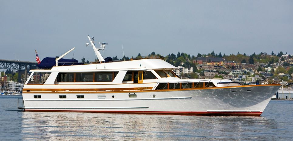 Accord Charter Yacht