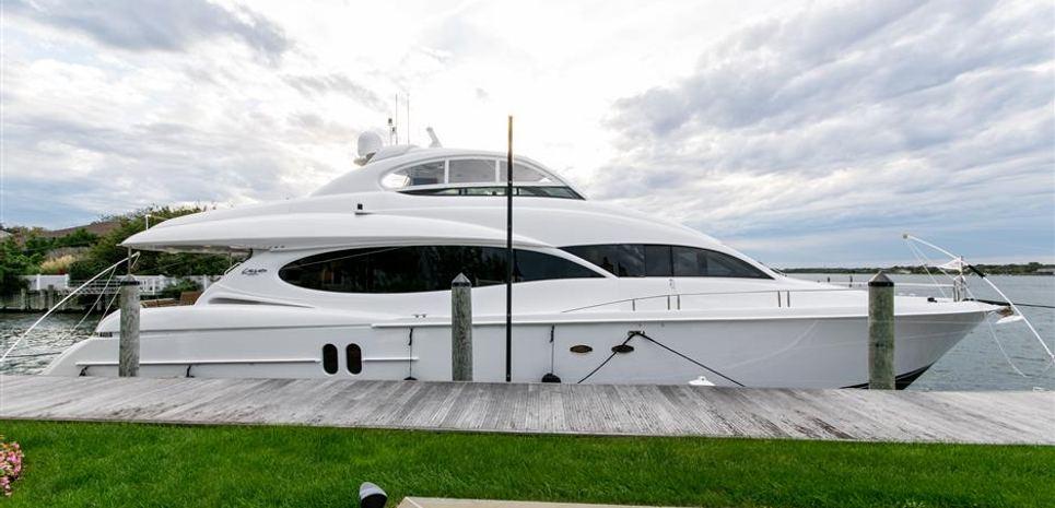 Mojo Charter Yacht