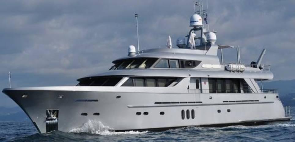 La Stella Dei Mari Charter Yacht