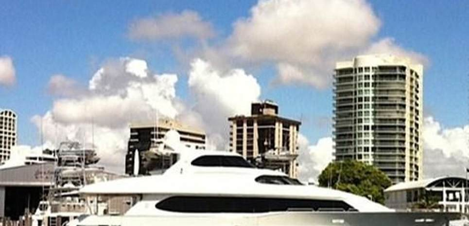 L'Eau Profile Charter Yacht